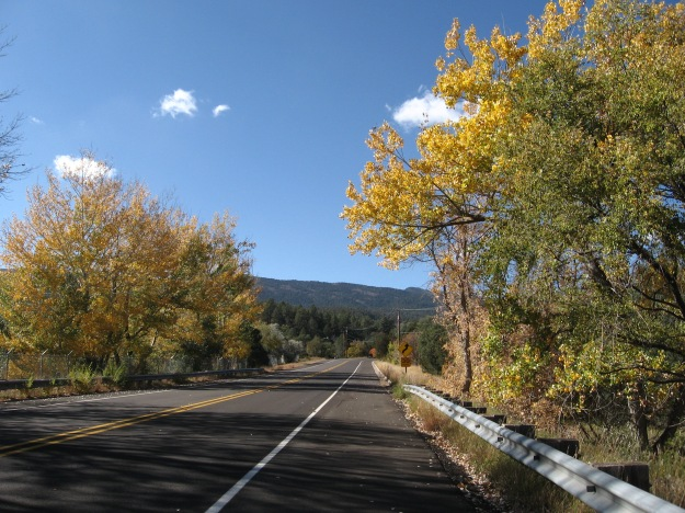 The elevation at the bottom of the Crest road is 6,900'.