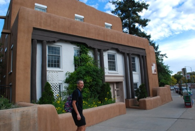 downtown Santa Fe is a pretty good place to explore on foot