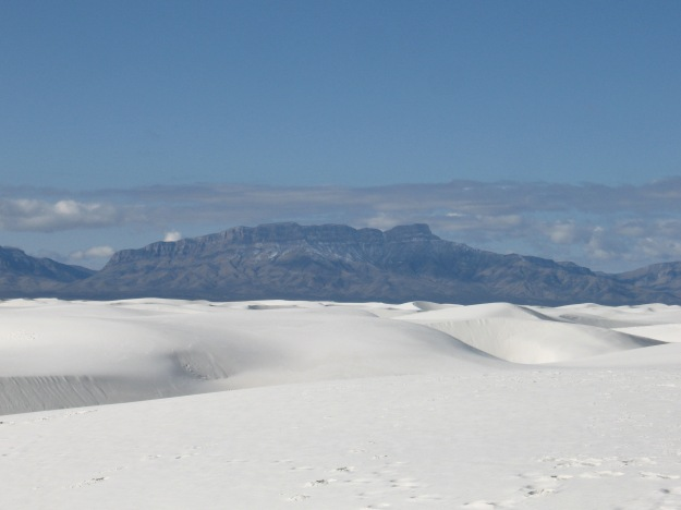 White Sands with San Andreas Mountains