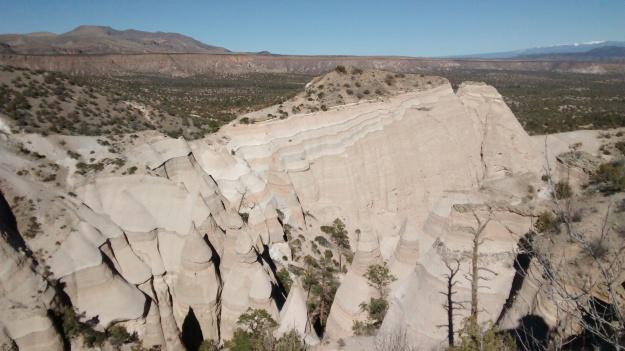 tent-rocks-expansive